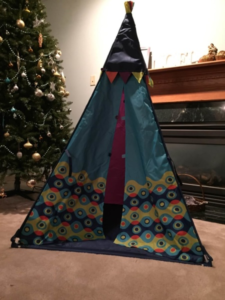 Can you imagine the kids coming down the stairs to find a teepee waiting for them next to the Christmas tree? This adorable B. Toys TeePee is regularly $40 ... & B. Toys TeePee Review - #HolidayGiftGuide - hello subscription