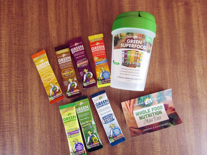 Amazing Grass Shaker Cup and 7 Flavors of Green Superfood Pockets