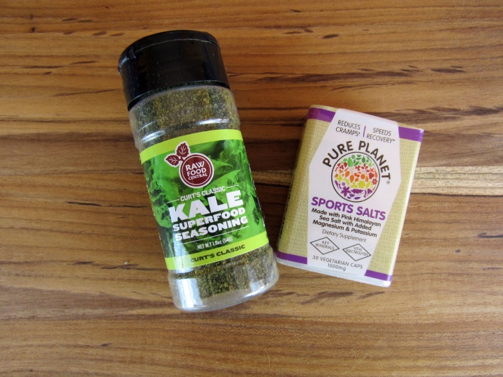 Cur's Classic Kale Superfood Seasoning and Pure Planet Salts Pocket Pack