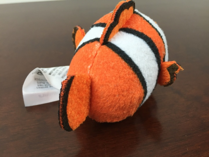 tsum tsum subscription box june 2016 IMG_1754