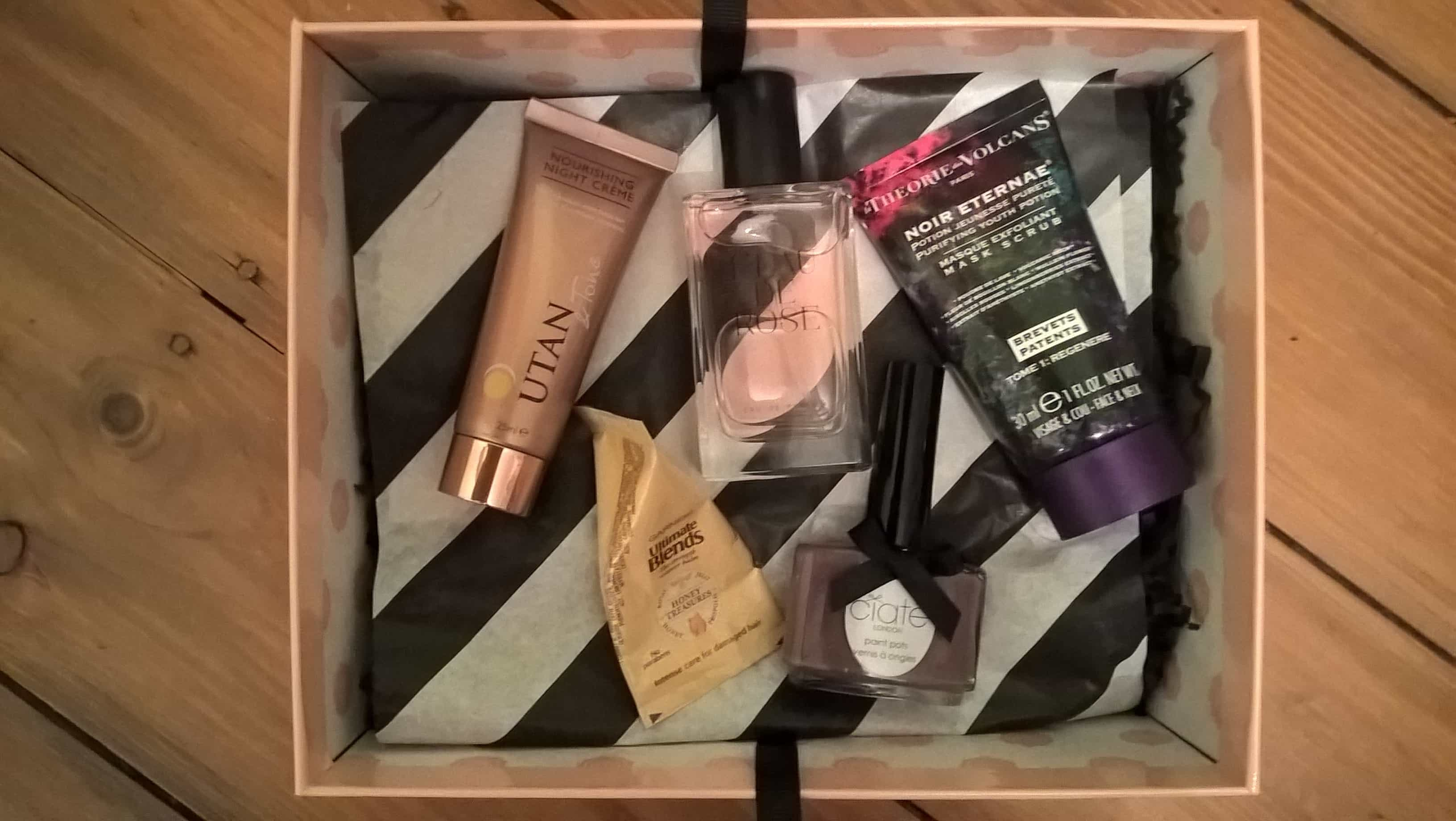 Makeup subscription box