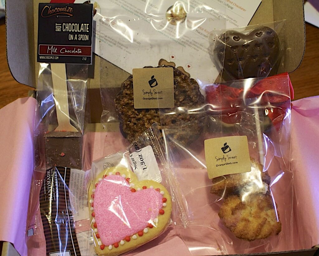 February Orange Glad Review – Sweets & Desserts Subscription Box