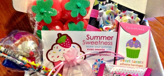 August 2014 The Boodle Box Review – Girls/Tween/Teen Subscription Box – Girls & Tween Review!