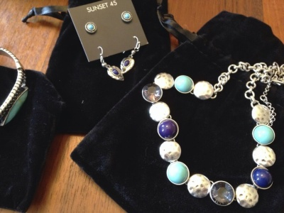 October 2014 Review Sunset 45: Little Luxuries Box – Fashion & Jewelry Subscription