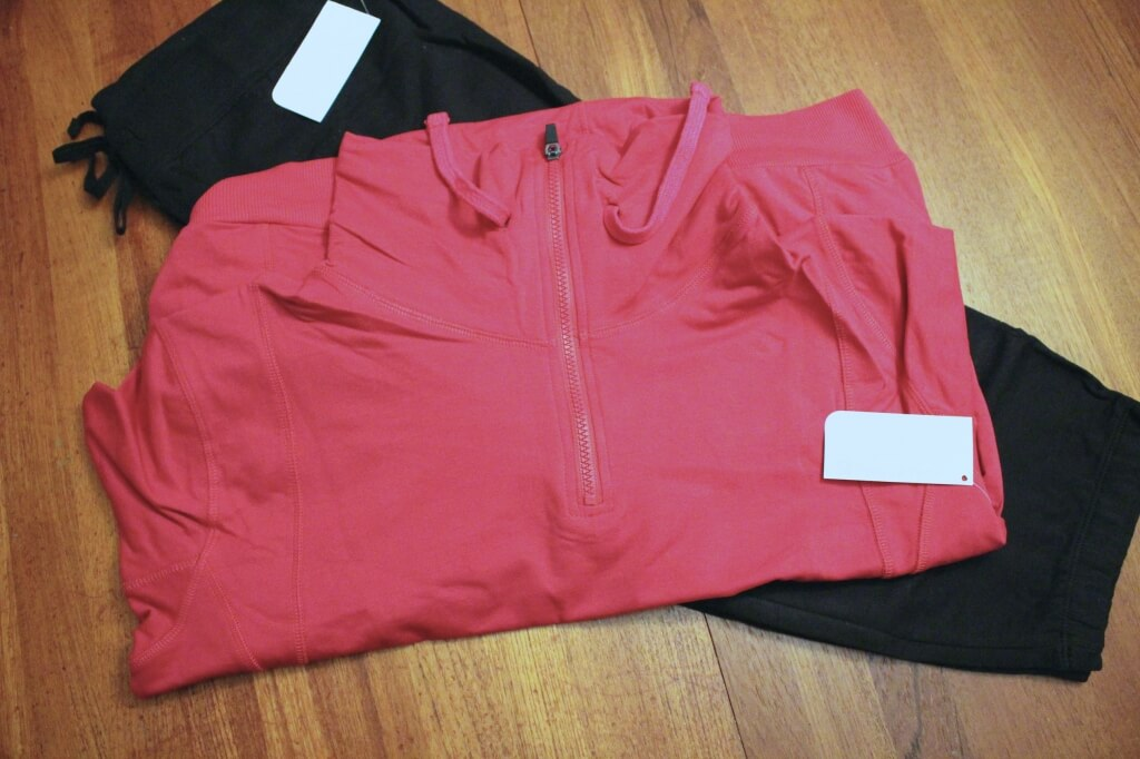 November 2014 Fabletics Review + Half-Off Your First Outfit