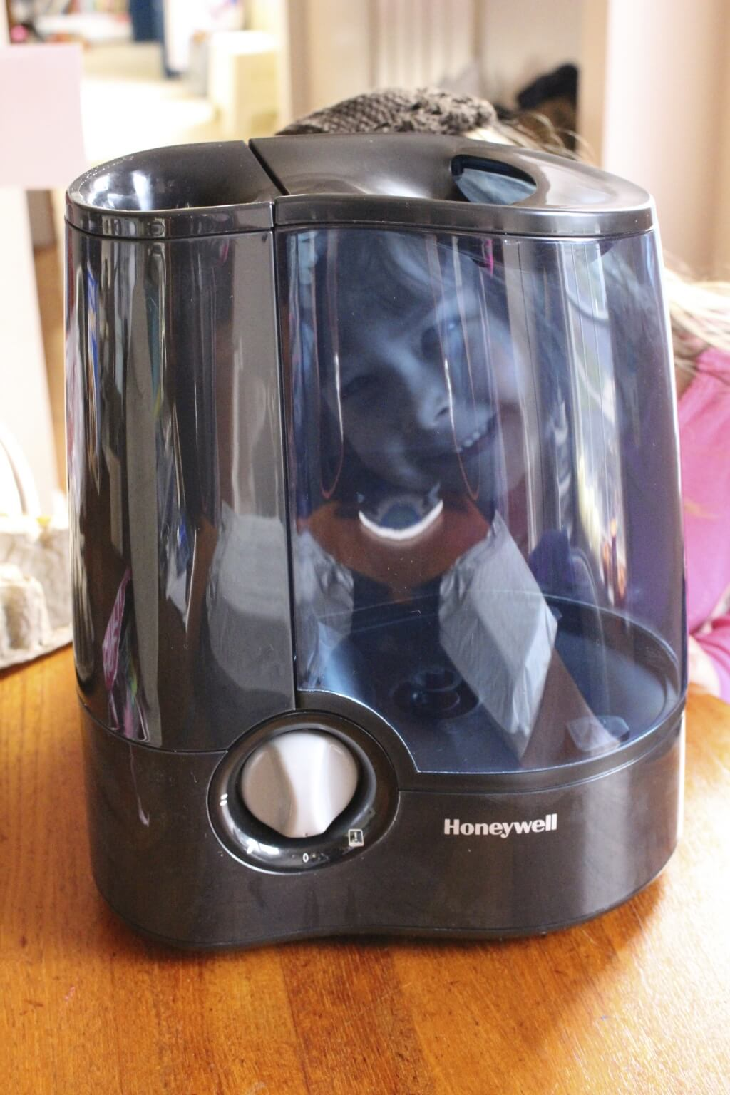 Honeywell Warm Mist Humidifier – Great Beauty Gift! #HolidayGiftGuide + #Giveaway!