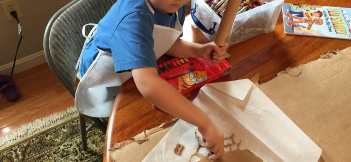 June 2015 Little Thinker Box Preschool Learning Subscription Box Review + Coupon