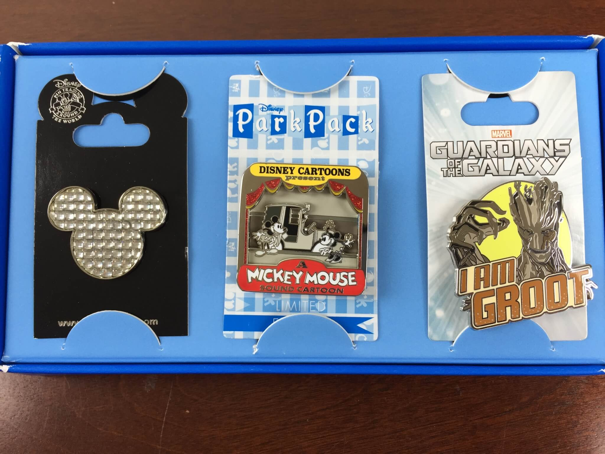 Disney Park Pack: Pin Trading Edition Review – July 2015