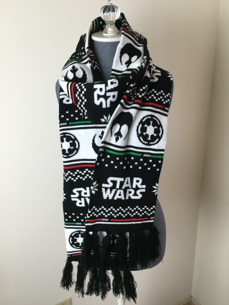 Loot Crate Star Wars Limited Edition Box 2015 scarf