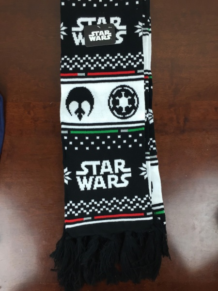 Loot Crate Star Wars Limited Edition Box 2015 scarf laid flat