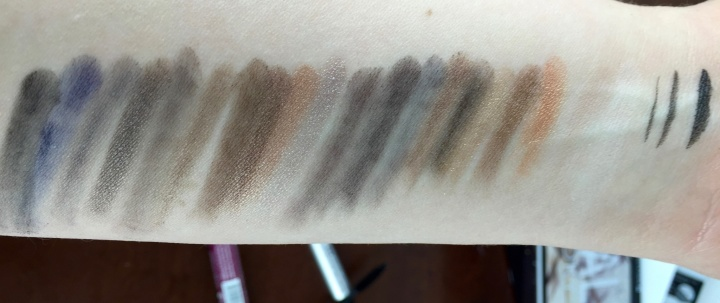 revealed smoky palette swatches