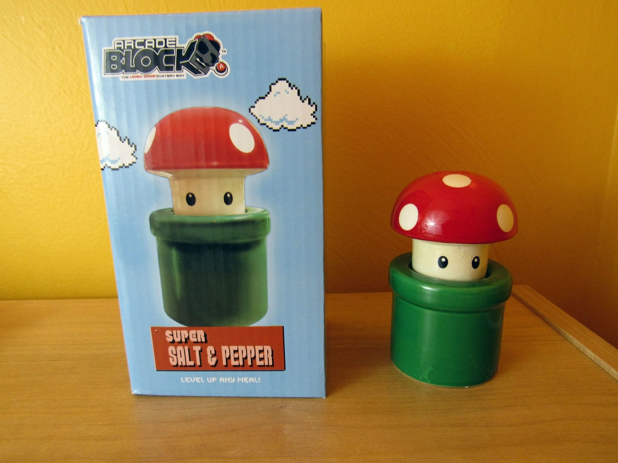 Mushroom and Pipe Shakers