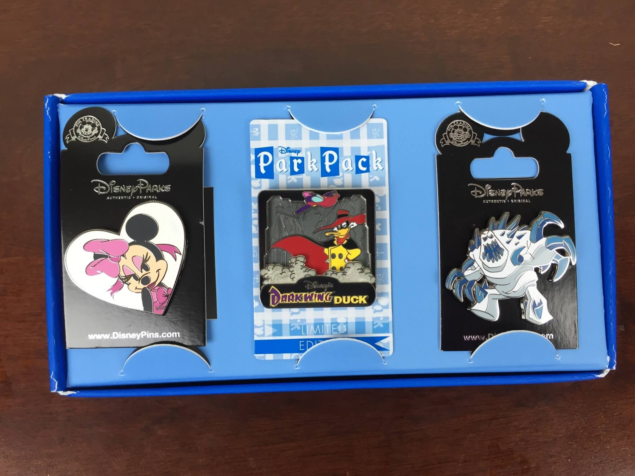 Disney Park Pack March 2016 Subscription Box Review – Pin Trading Edition