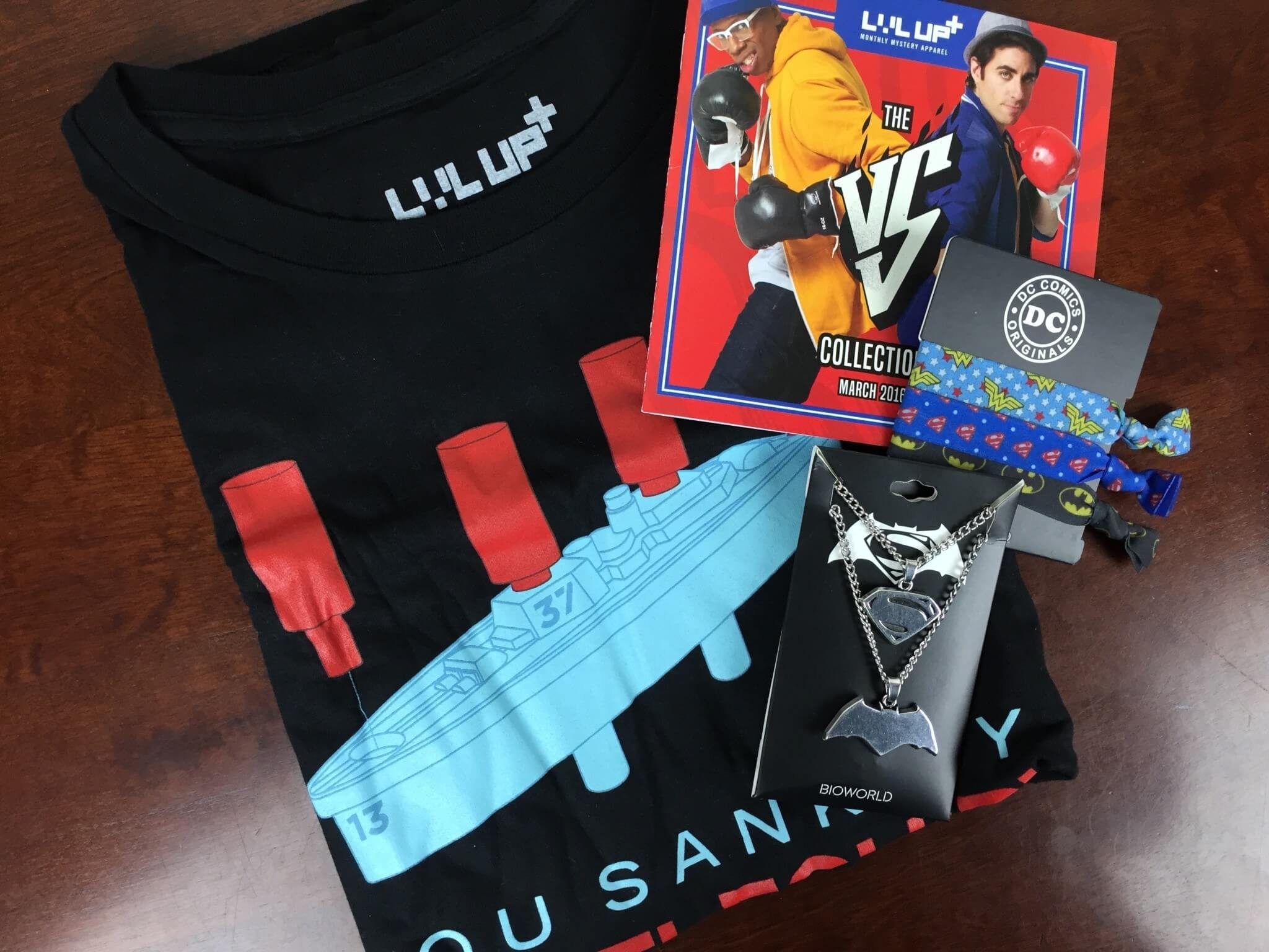 Level Up by Loot Crate March 2016 Review & Coupons – Shirt & Women's Accessories The VS Collection