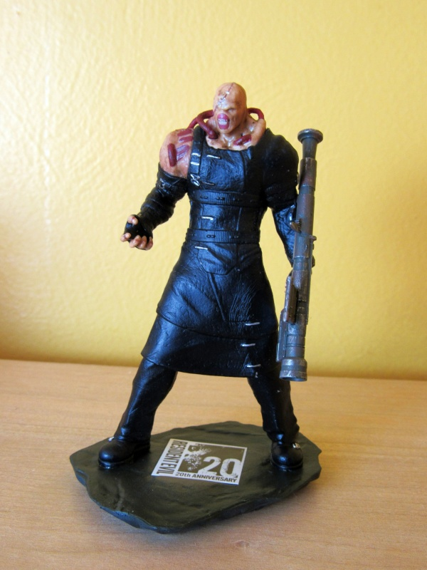 Exclusive Resident Evil 3 Figure - Nemesis