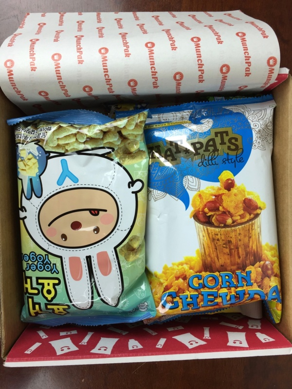 MunchPak Box April 2016 unboxed