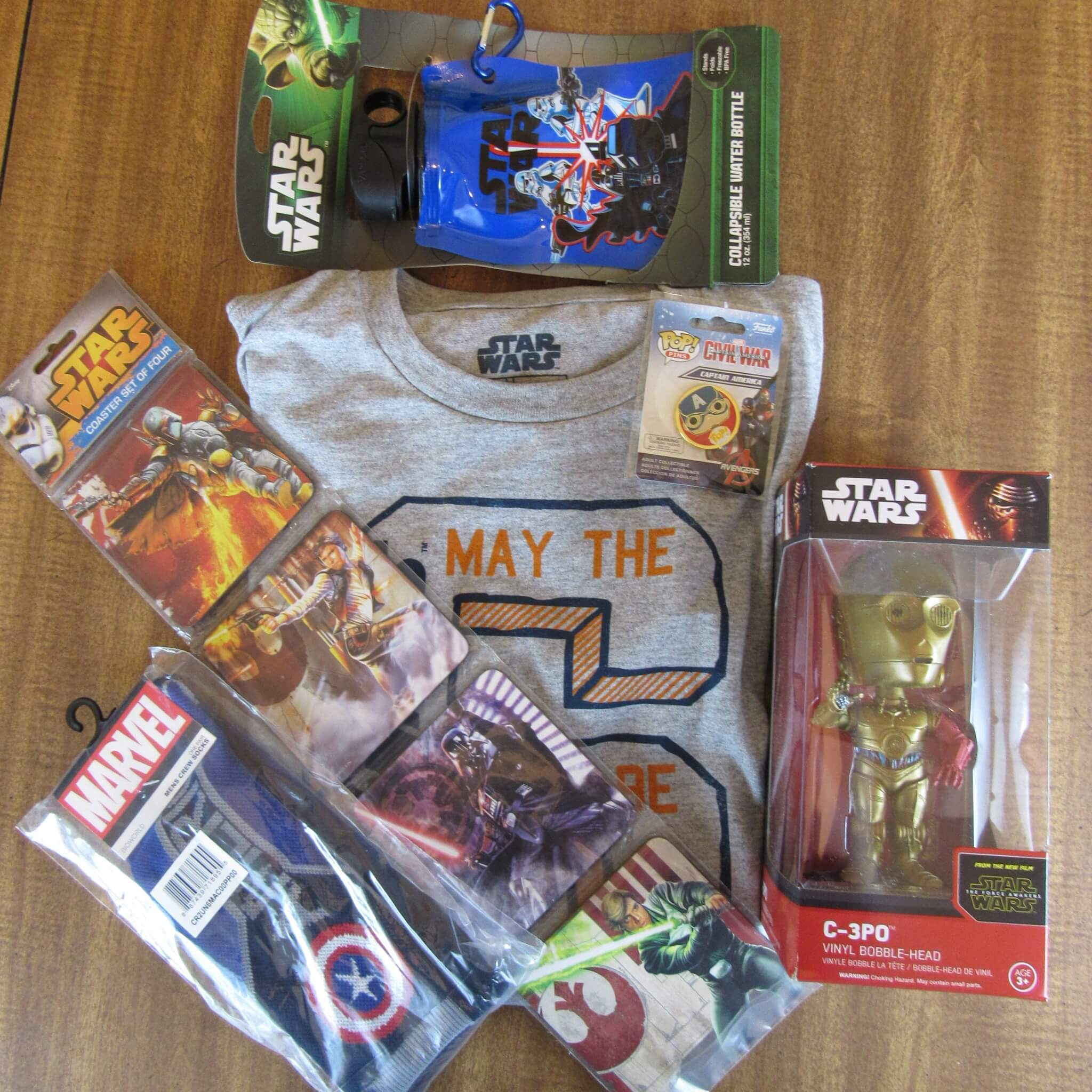 April 2016 Powered Geek Box