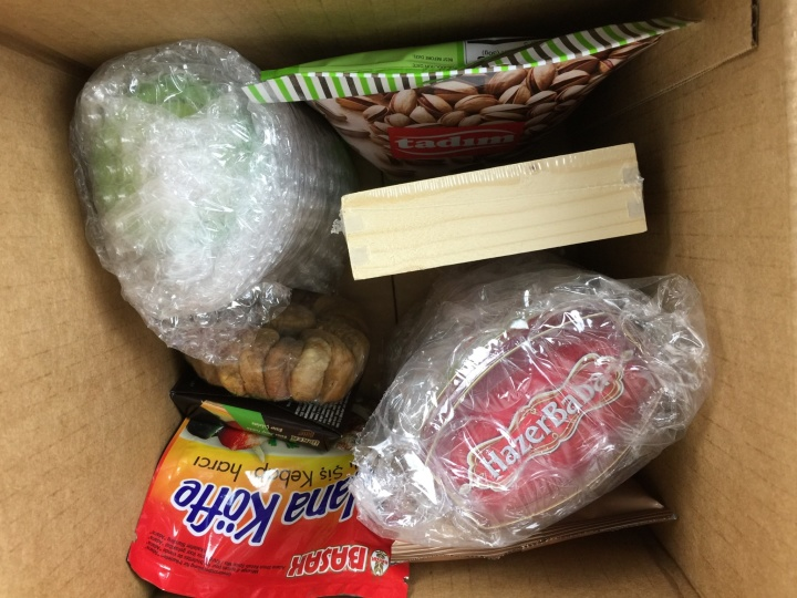 Yummy Bazaar Box April 2016 unboxed