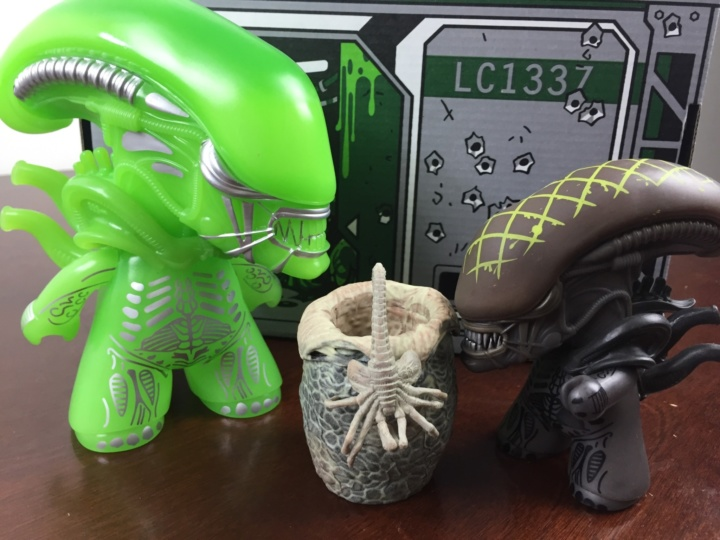 loot crate aliens mommy baby jr
