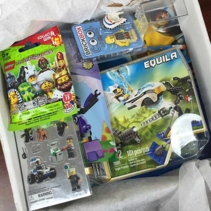 Brickbox June 2016 unboxed