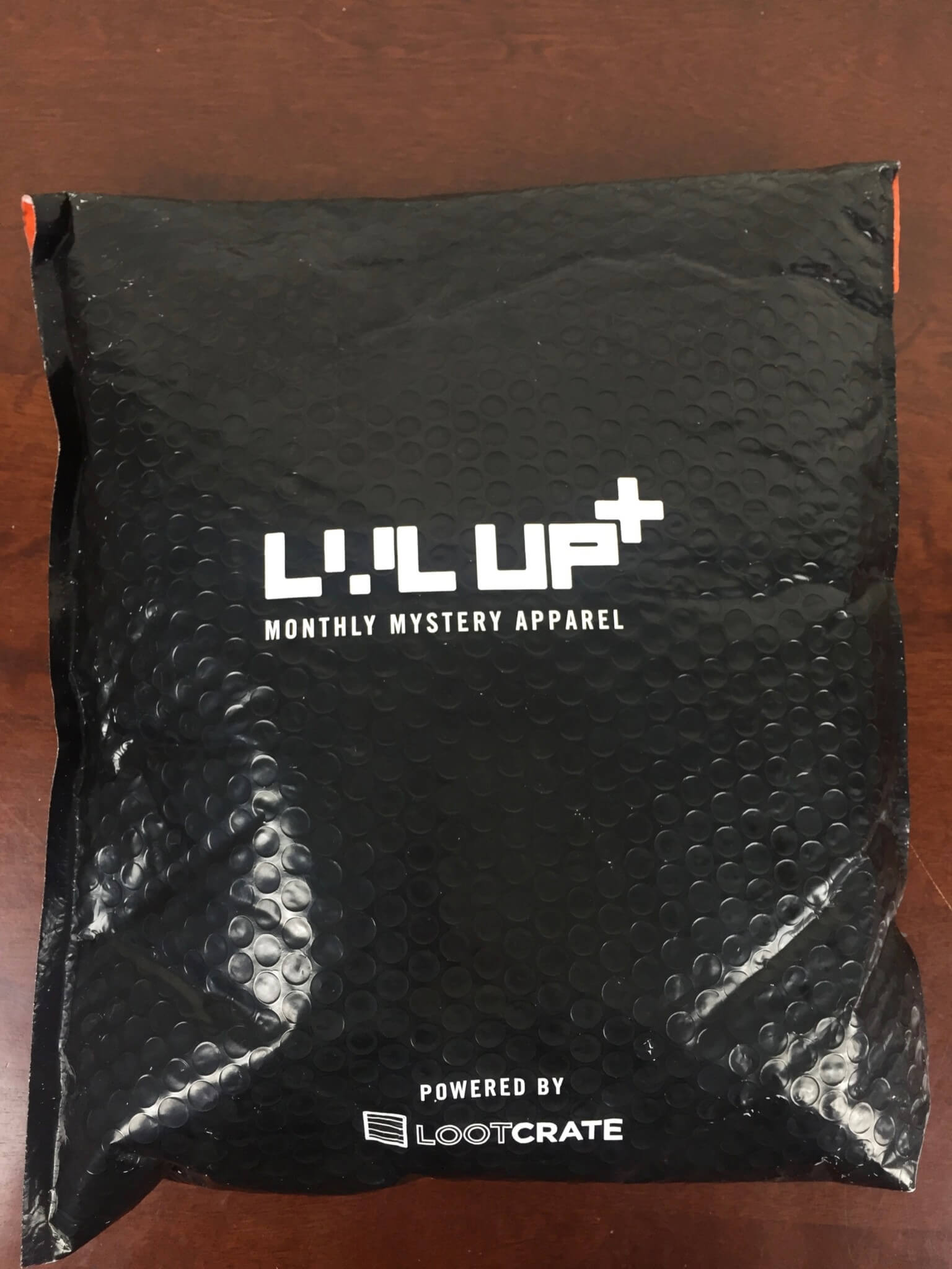level up loot crate may 2016 box