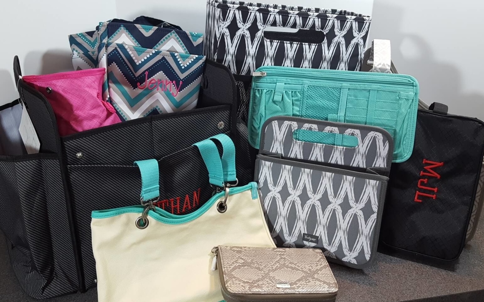 Thirty One Bags Hostess Mystery Bundle Reveal And Bags Hello