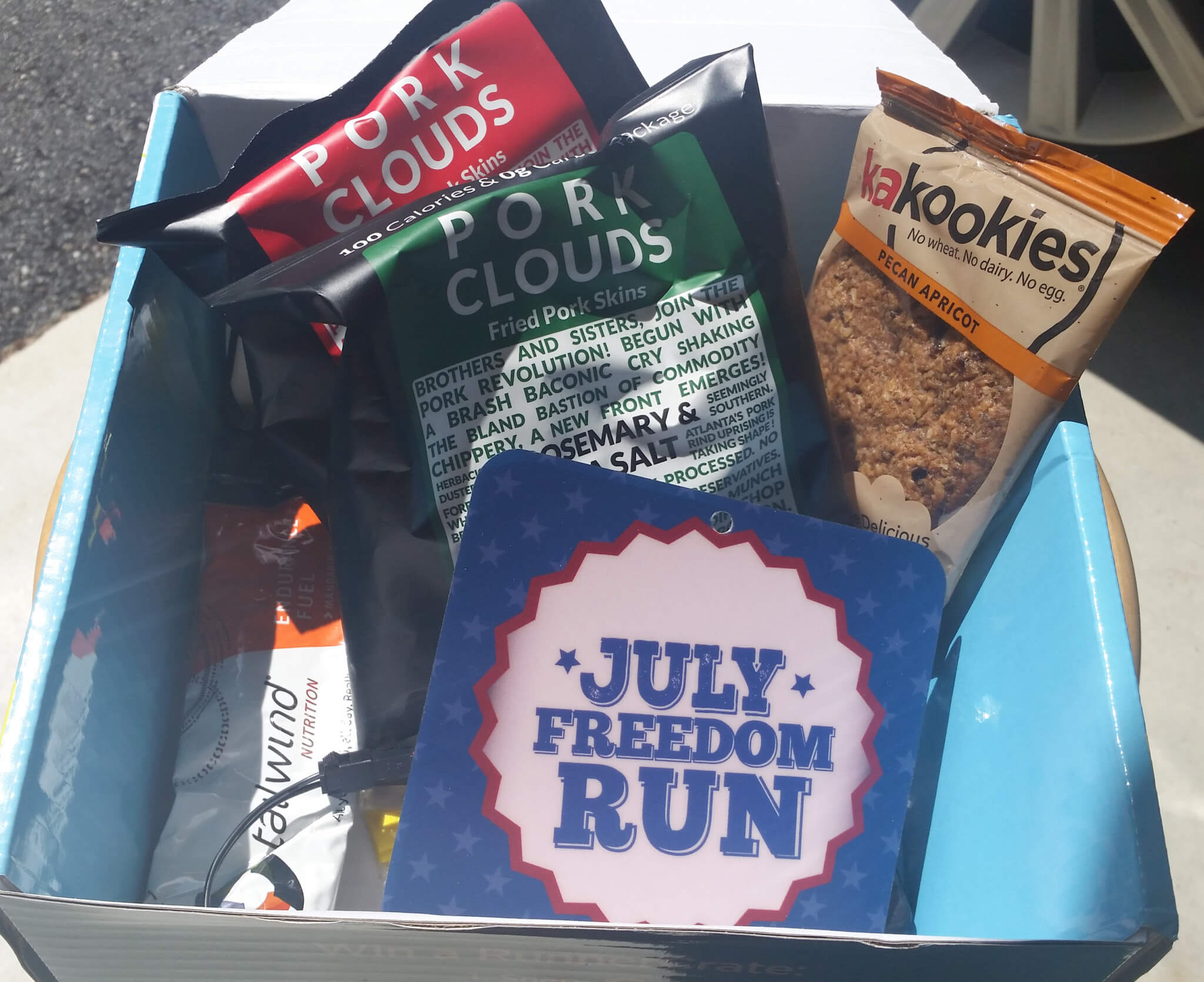 Runner Crate Subscription Box Review & Coupon – July 2016