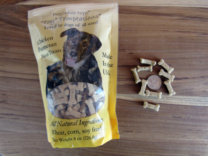 "DogChewz NY C ""Toy"" Temptations Chicken Parmesan Flavor Treats"