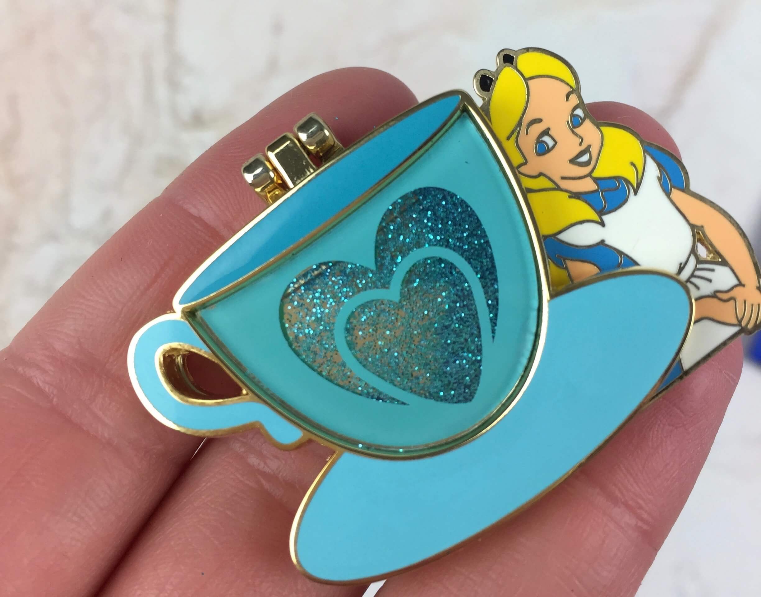 Mickey Monthly Pin Edition Subscription Box Review – September 2016