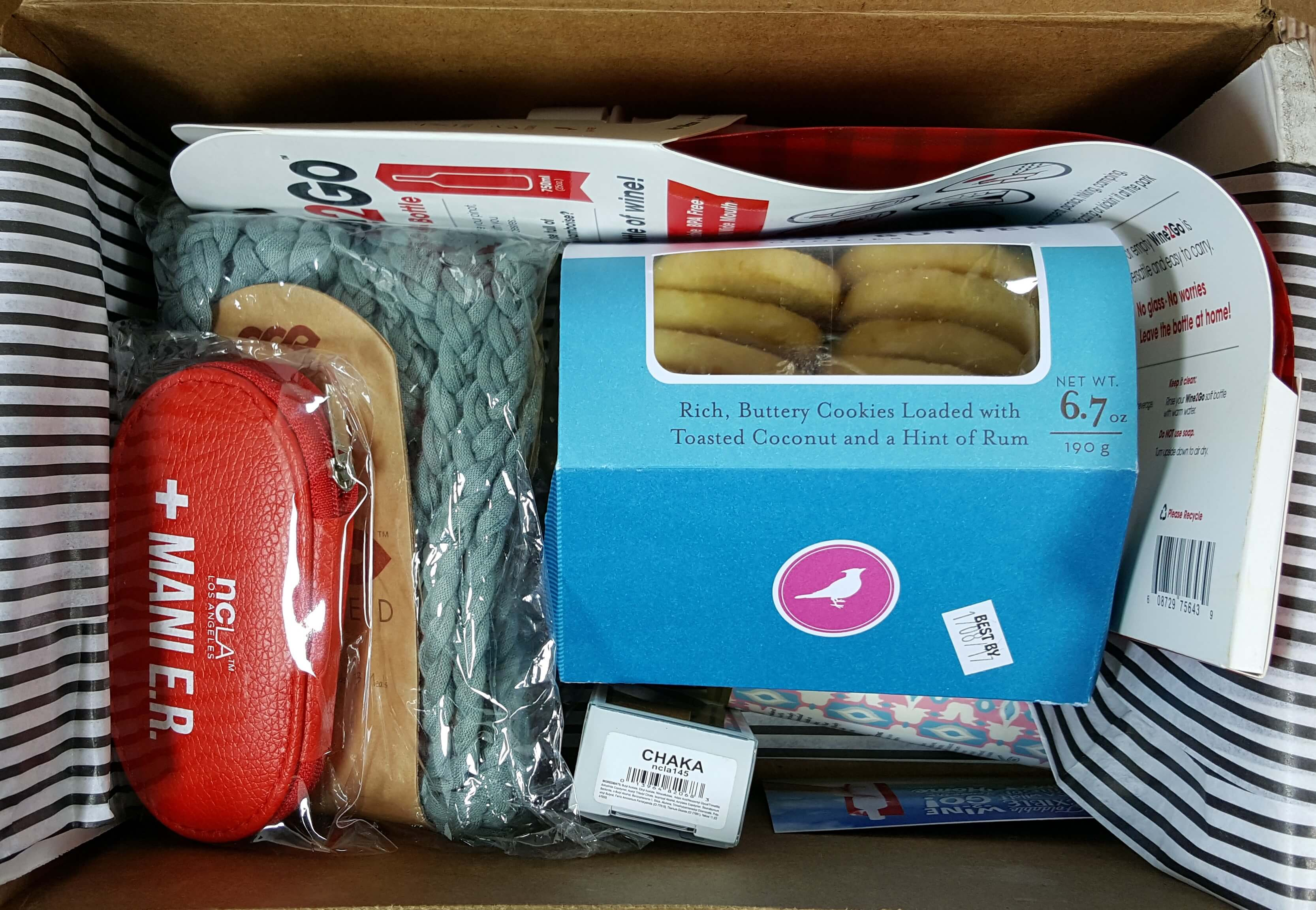 SinglesSwag Subscription Box Review & Coupon – October 2016