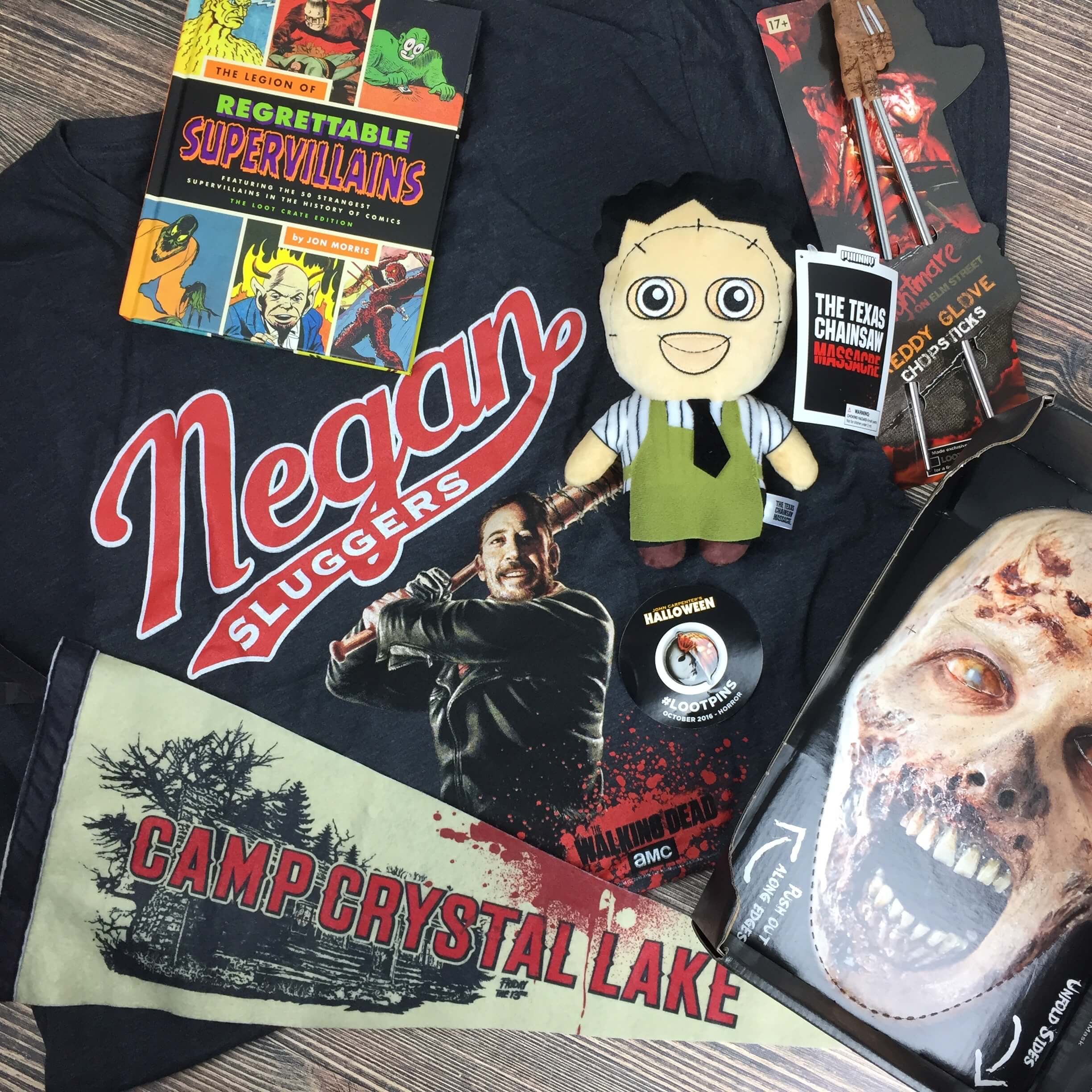 Loot Crate October 2016 Review + Coupons – HORROR