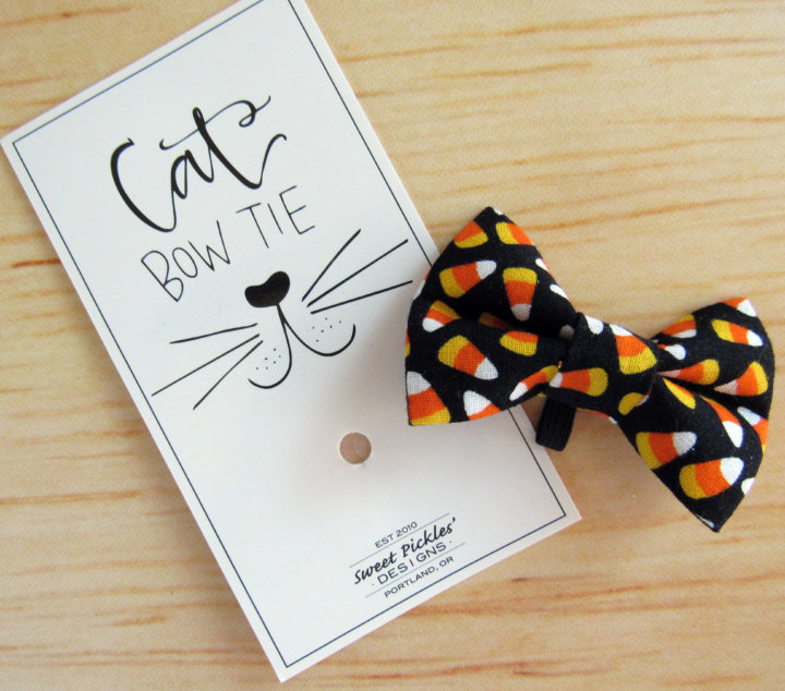 Sweet Pickles Design Cat Bow Tie