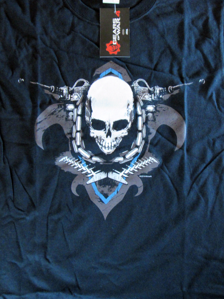 Exclusive Gears of War T-Shirt
