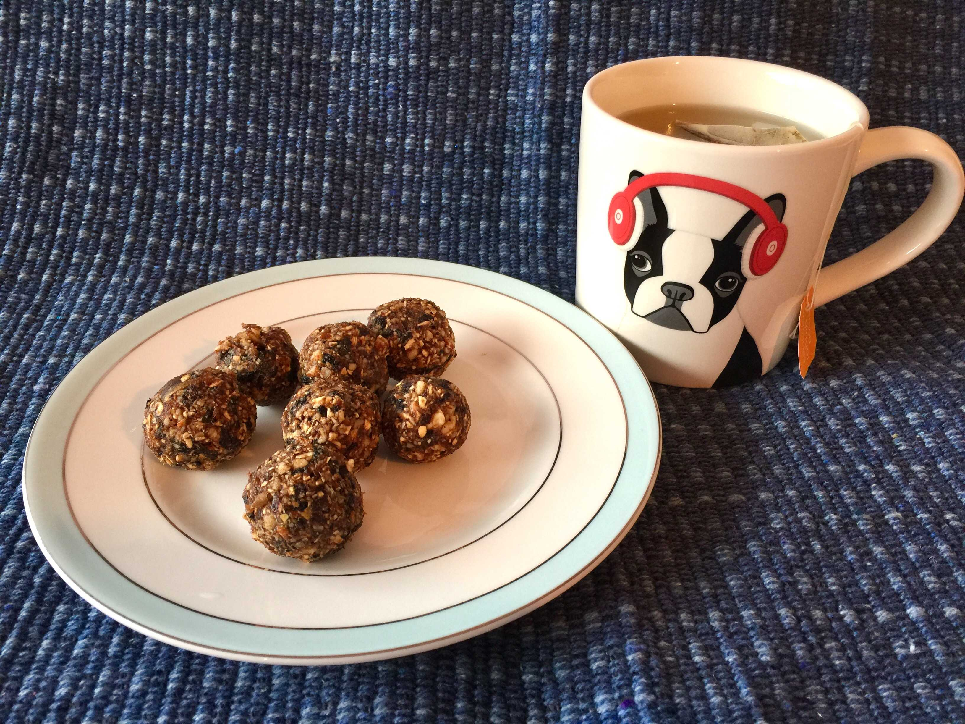 November 2016 Figberry Subscription Box Review + Coupon – Gingerbread Bliss Balls