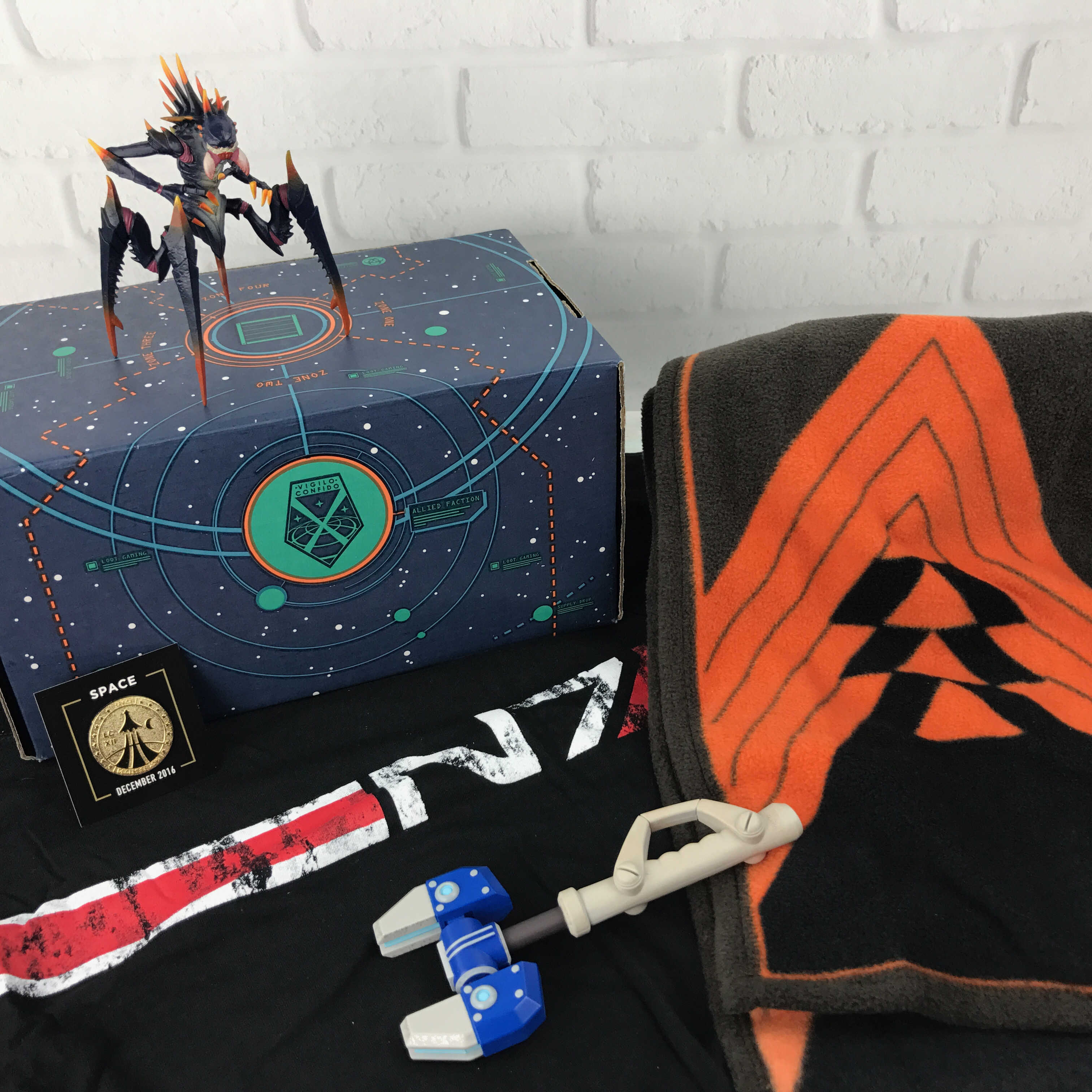 Loot Gaming December 2016 Subscription Box Review & Coupon – SPACE
