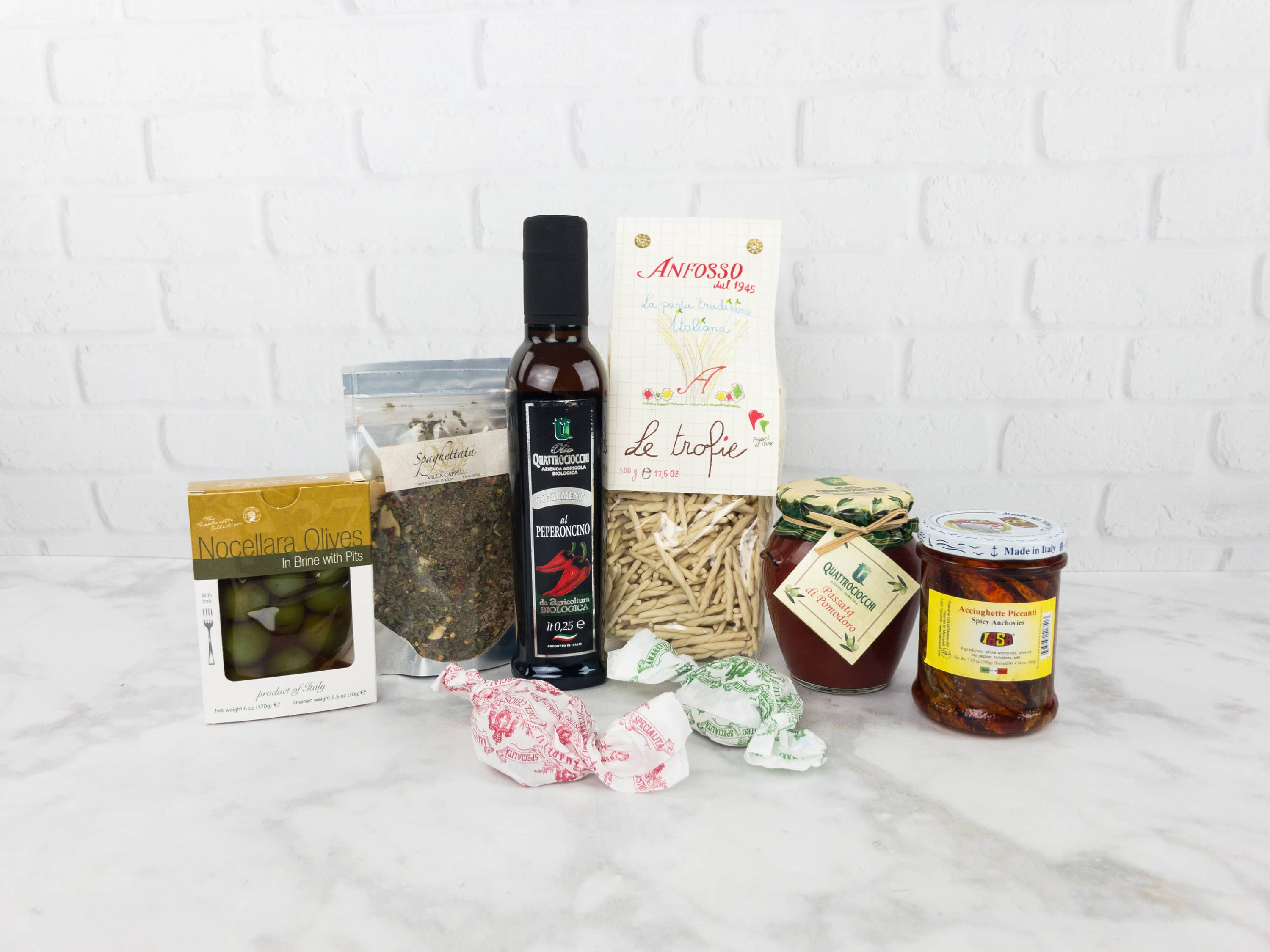 Bravo Box by Olio2go May 2017 Subscription Box Review