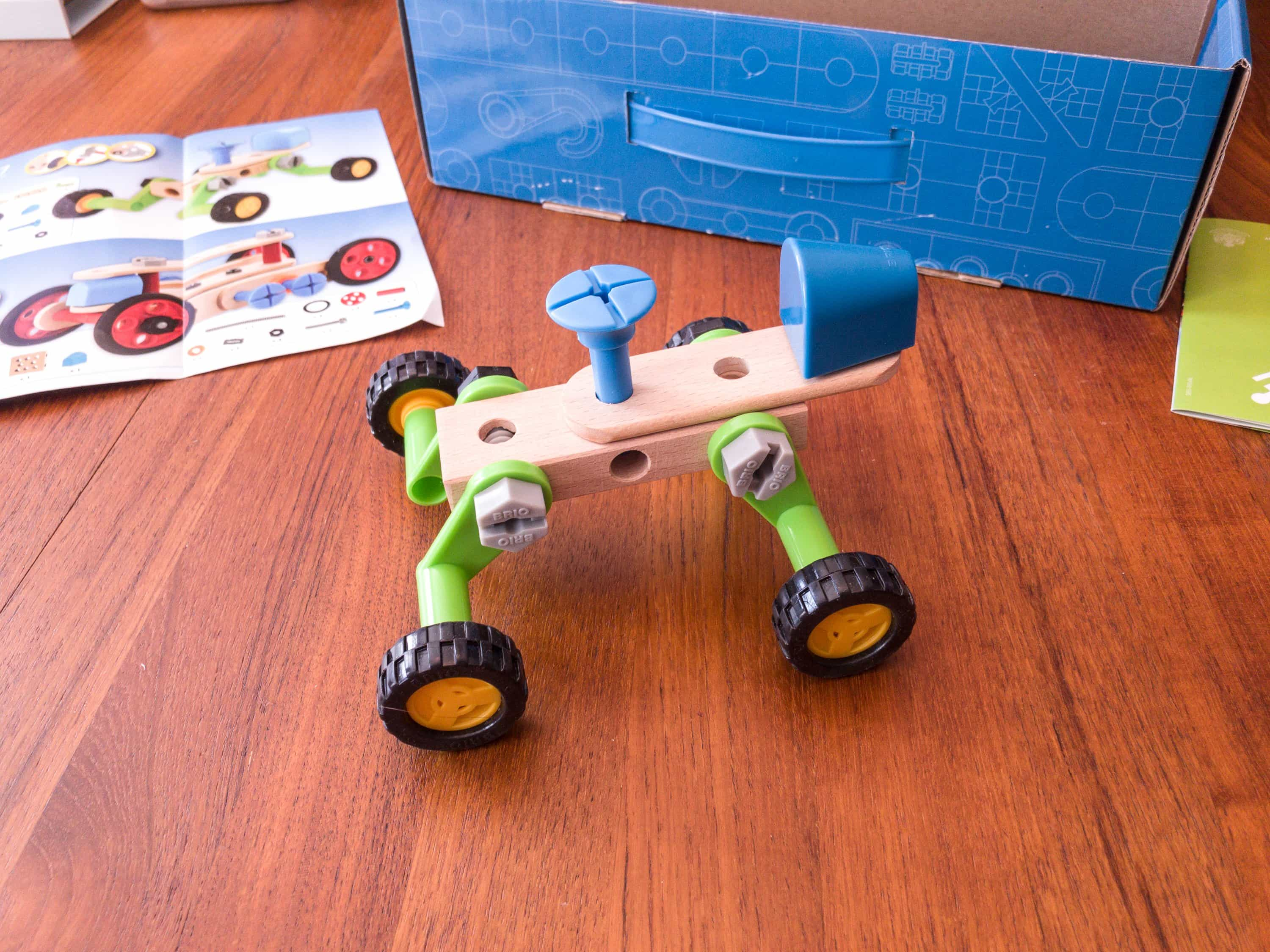 Amazon STEM Toy Club August 2017 Subscription Box Review – 3 to 4 Year Old Box