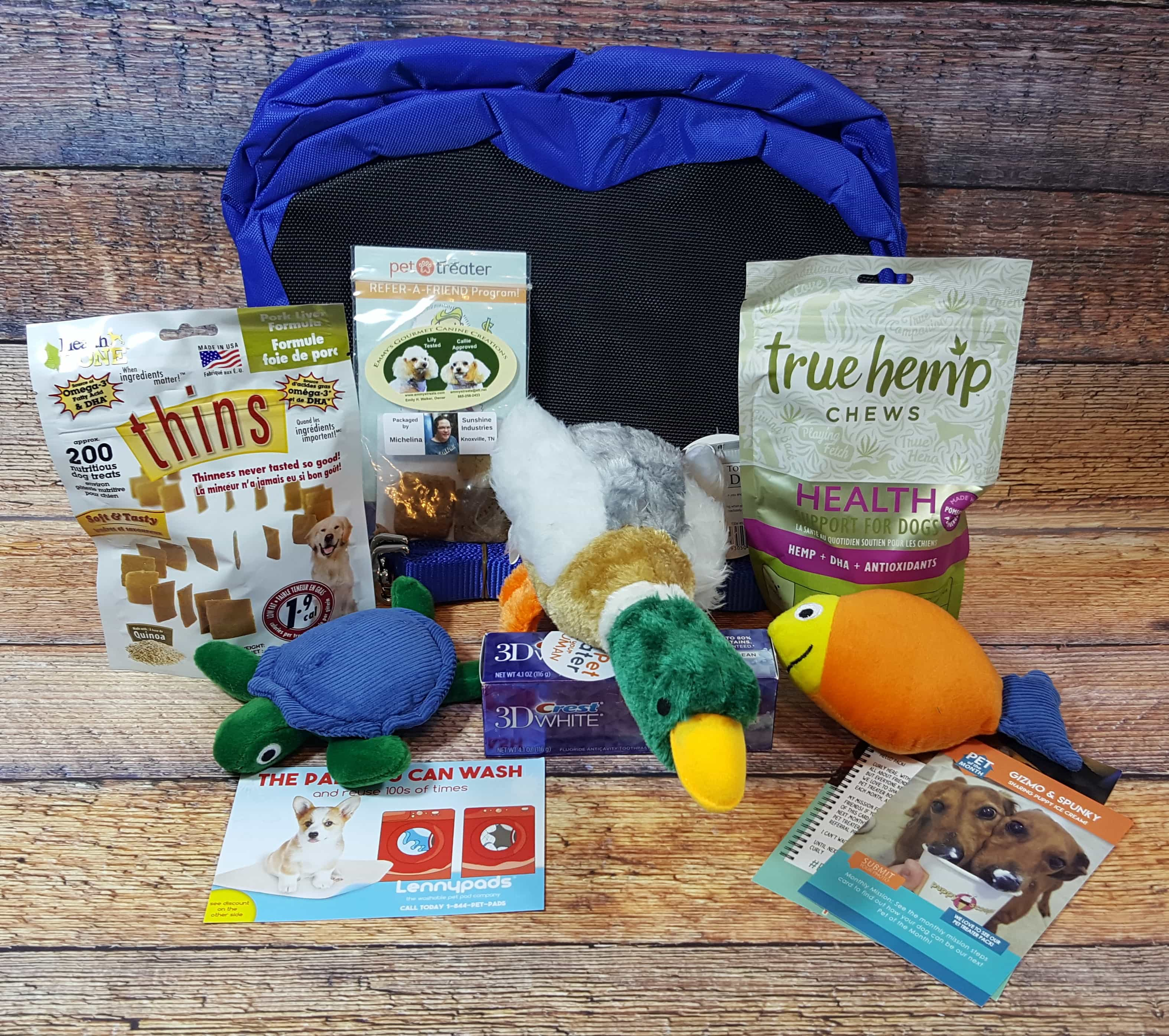 Pet Treater Dog Subscription Box Review + Coupon – June 2017
