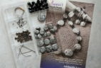 Annie's Simply Beads Kit-of-the-Month Club Subscription Box Review – August 2017