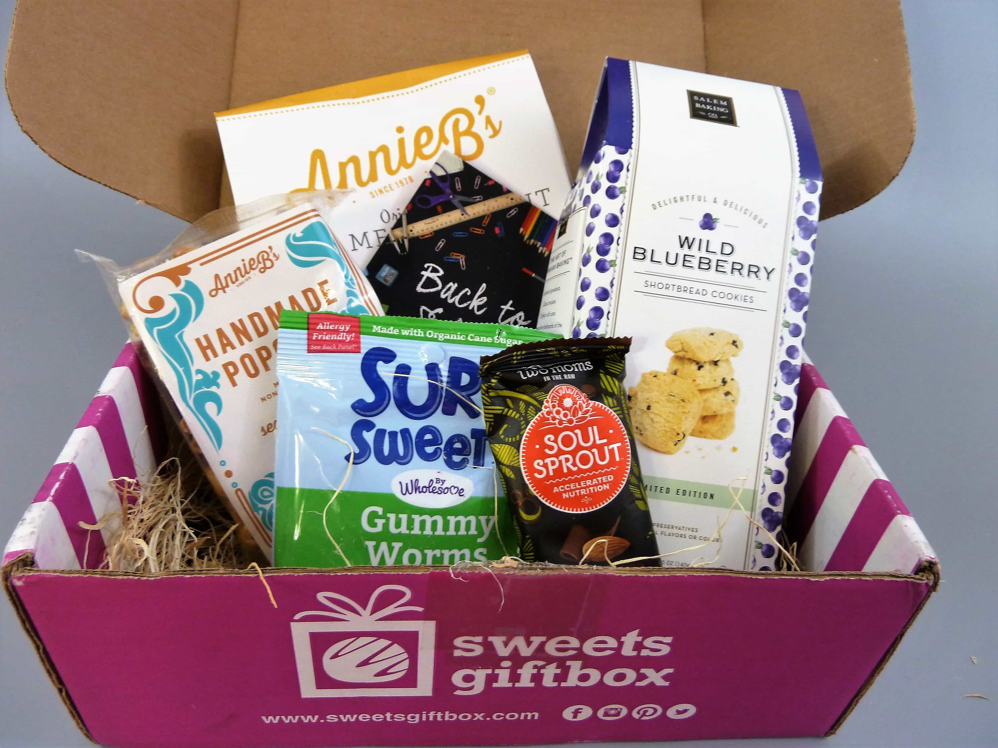 Sweets Gift Box September 2017 Subscription Box Review + 50% Off Coupon!