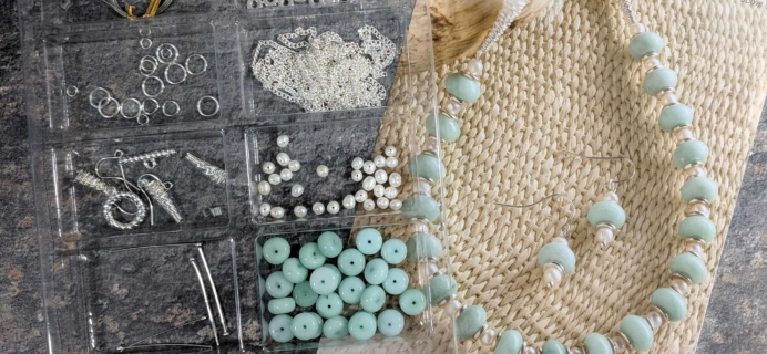 Annie's Simply Beads Kit-of-the-Month Club Subscription Box Review – October 2017