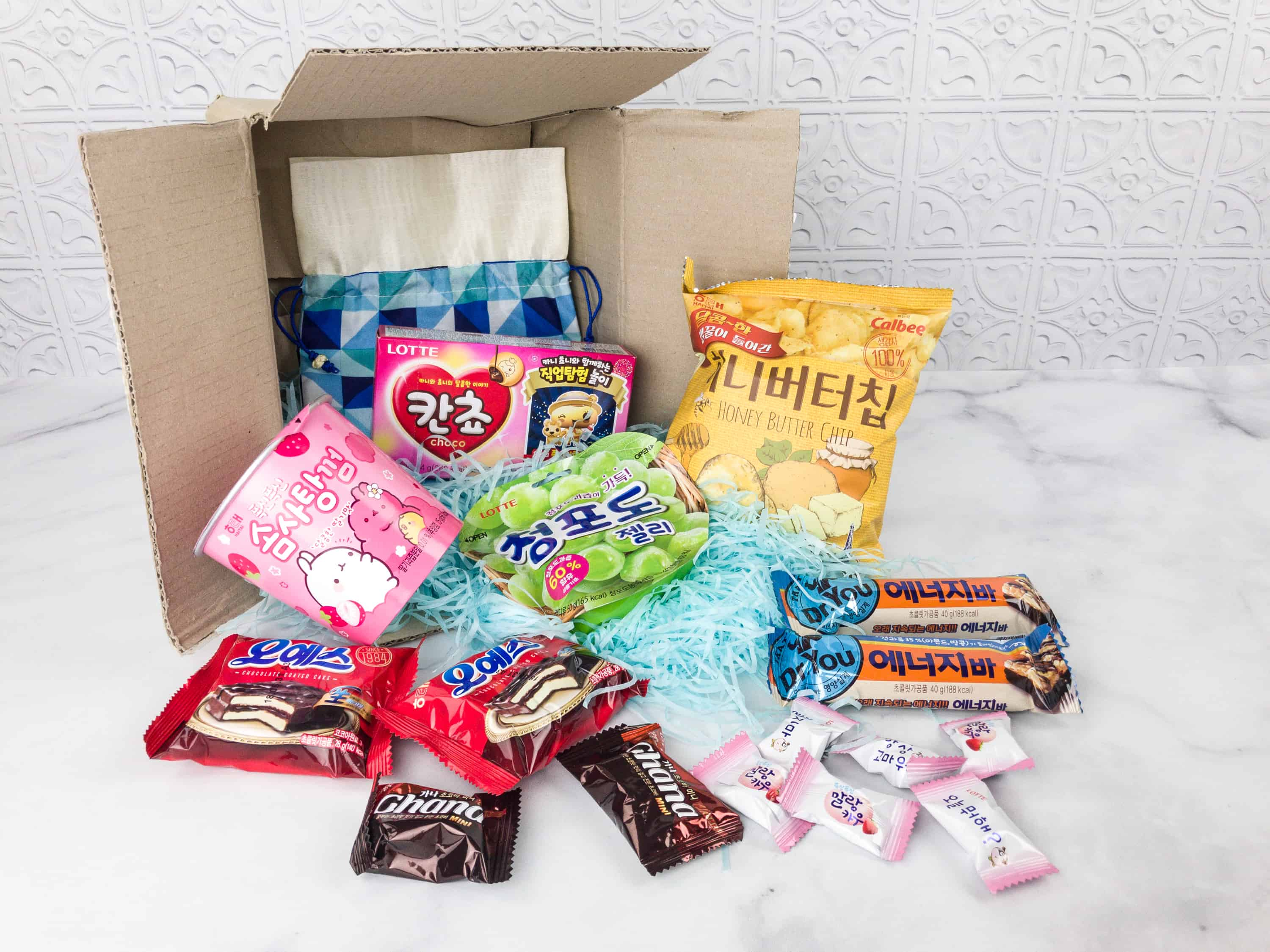Korean Snacks Box February 2018 Subscription Box Review + Coupon