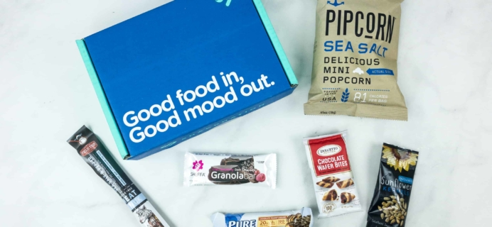 Snack Nation August 2018 Subscription Box Review + Coupon!