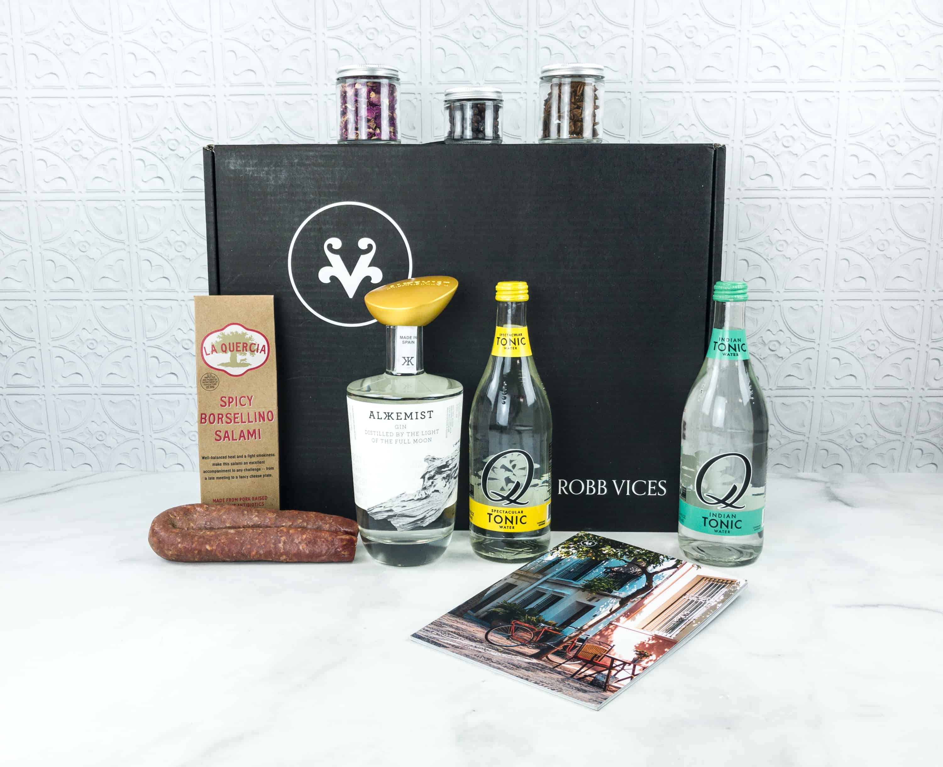 Robb Vices August 2018 Subscription Box Review + Coupon