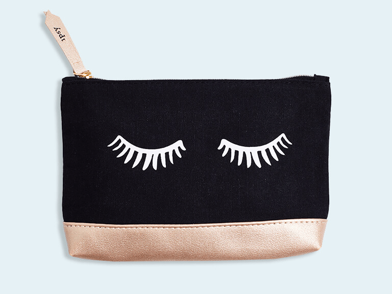 We Have A Full Reveal Of The September 2018 Ipsy Glam Bag