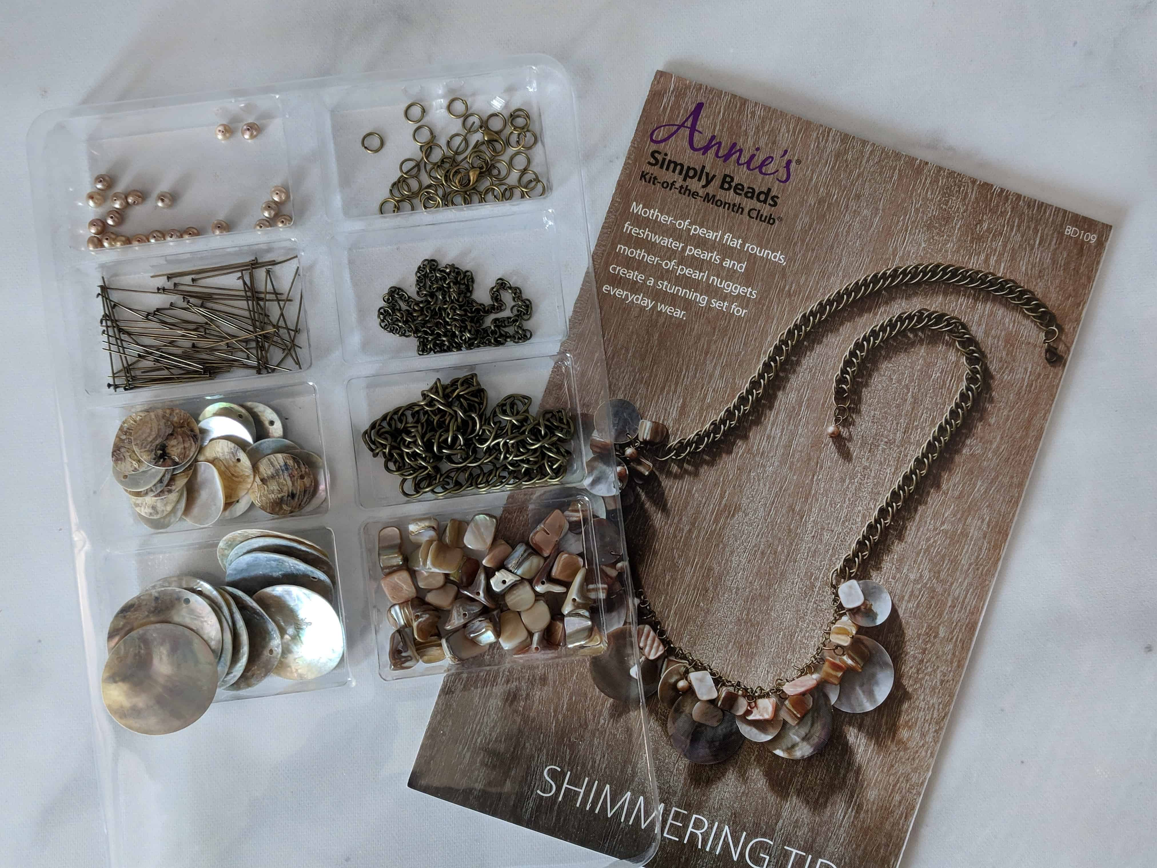Annie's Simply Beads Kit-of-the-Month Club Subscription Box Review – August 2018