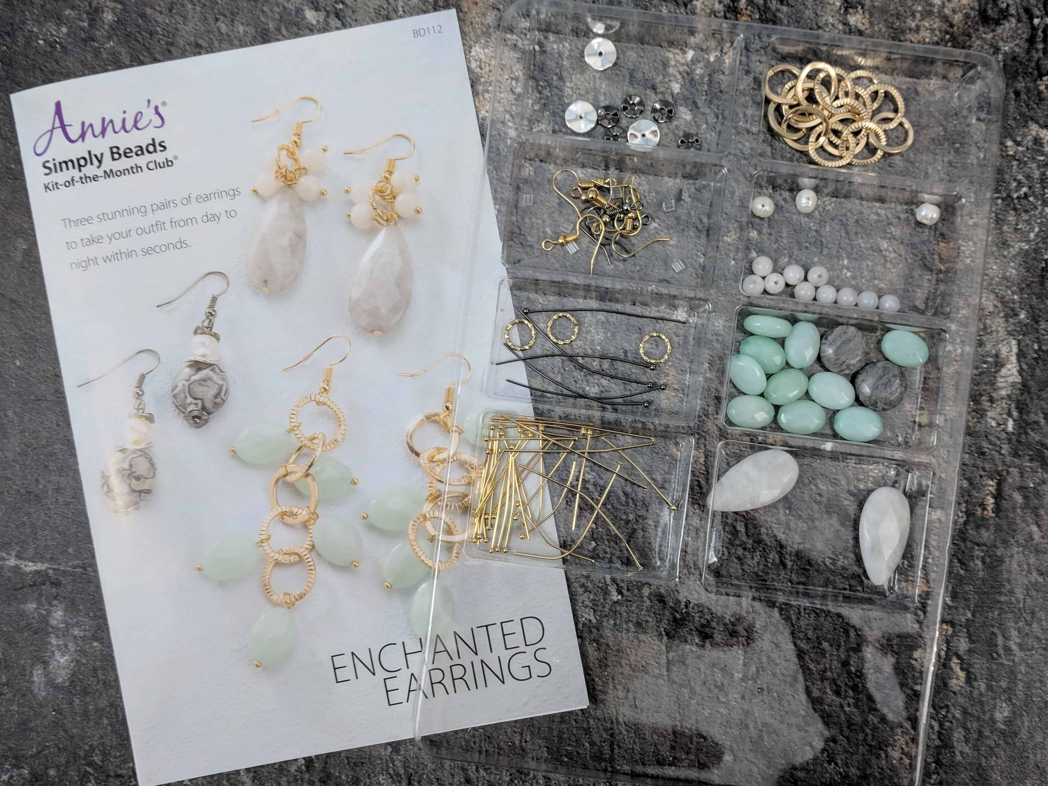 Annie's Simply Beads Kit-of-the-Month Club Subscription Box Review – September 2018