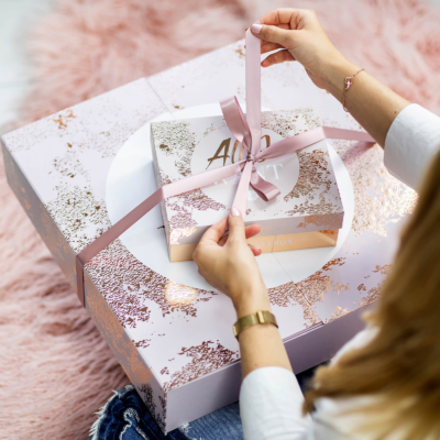 GLOSSYBOX 2018 Holiday Limited Edition Box Full Spoilers + Coupon!