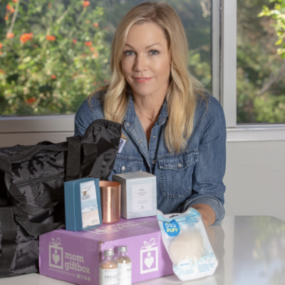 MomGiftBox Cyber Monday Deal: Save $50 on Limited Edition Mom Gift Box!