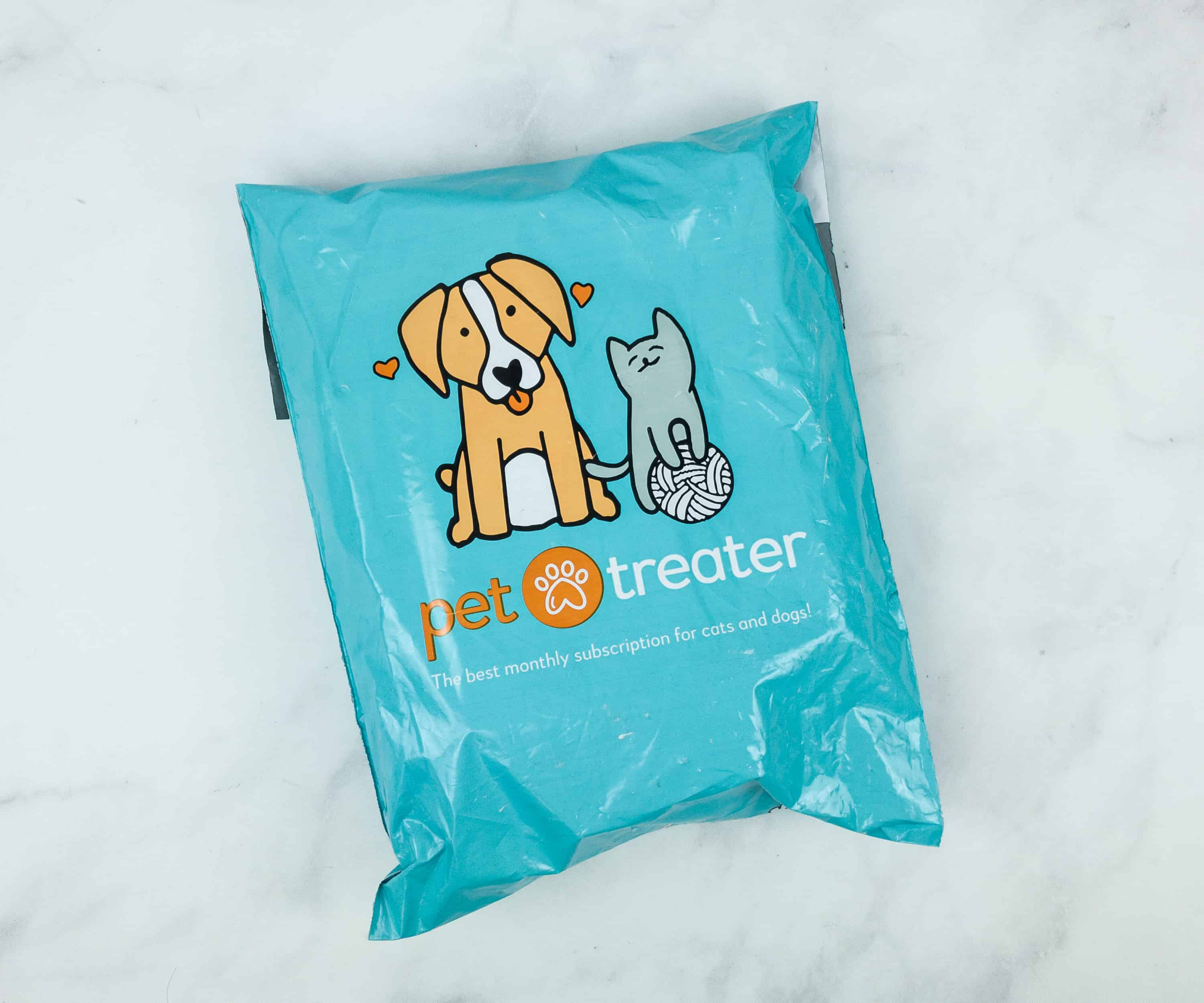 Pet Treater Dog Pack November 2018 Subscription Box Review + Coupon!